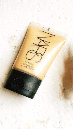 Nars Illuminator in hot sands image